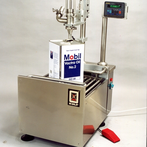 SPECIALIZATION IN FILLING MACHINES FOR LIQUID AND VISCOUS PRODUCTS